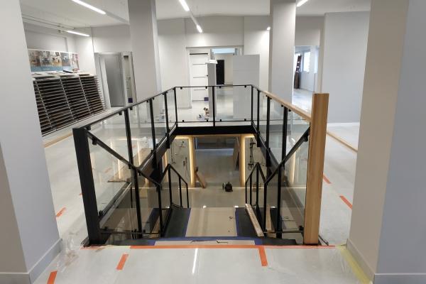 balustrada-z-wypełnieniem-szklanym-ze-szkła-laminowanego-bezpiecznego-nysa198A9D2E-6D71-C58A-DDCF-BF2A353061E8.jpg