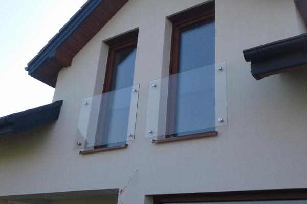 portfenetr-balkonowy-samonośny-ze-szkła-przezroczystego-tyniecA2D48BF5-2F8A-4FE2-BE0C-D2E85D868724.jpg