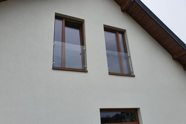 portfenetr-balkonowy-szklany-na-uchwytach-punkktowych-warszawa61BE6C7E-1C29-271B-5C09-53F7F8C53A35.jpg
