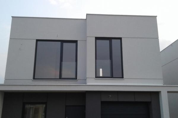 portfenetry-balkonowe-w-budynkach-jednorodzinnych-mocowane-profilowo-do-ramy-okiennej-warszawa-ilosc-72-sztD7A6B277-3E00-2E5E-987C-F266AFB0B09F.jpg