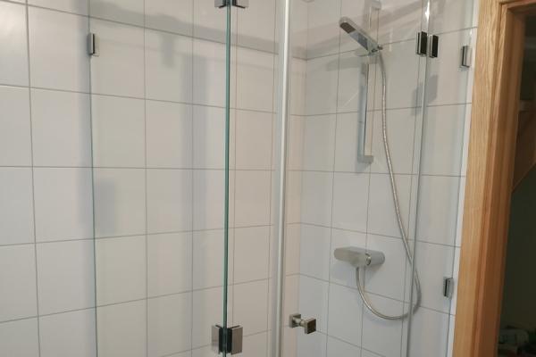 kabina-prysznicowa-narożna-z-powłoką-samoczyszczącą-wrocławE23D4D10-2D55-3DC5-D99A-314CBB5F3C7F.jpg