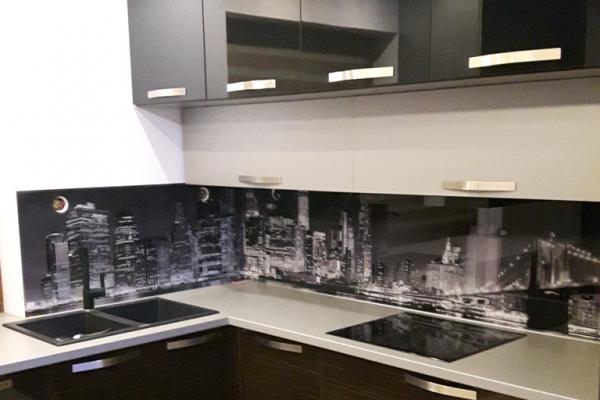 panel-szklany-kuchenny-wraz-z-grafika-smolec90BBED65-7AE1-FA38-3F4E-C8FC997656CA.jpg