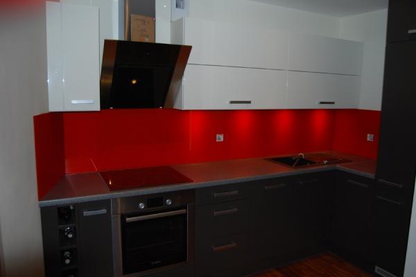 panel_szklany_w_kuchni_wroclawCC115037-D585-4C5A-E265-D87AA8214621.jpg